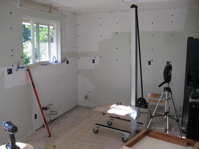 Upper cabinet installation for Cabinet installation