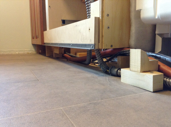 Lyptus cabinet toe kick brace