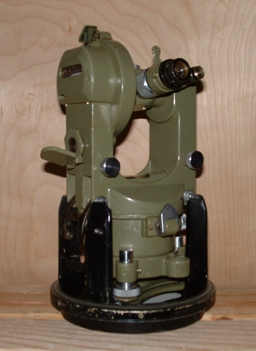Wild T16 Optical Scale-Reading Theodolite